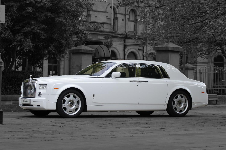 wedding car hire manchester