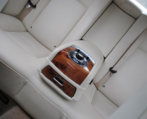 Luxury wedding car hire leeds