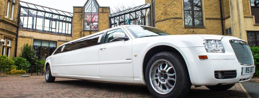 chrysler-bentley-stretch-limo wedding car hire